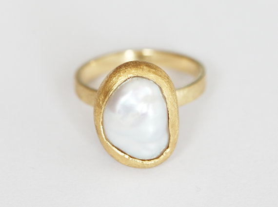 freshwater-pearl-engagement-ring-by-capucinne
