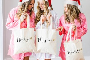 personalized-bridesmaid-tote-bags