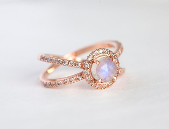 rose-gold-ring-by-capucinne