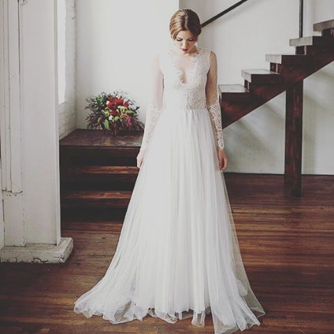 This gown We are swooning over these lace sleeves! Seehellip