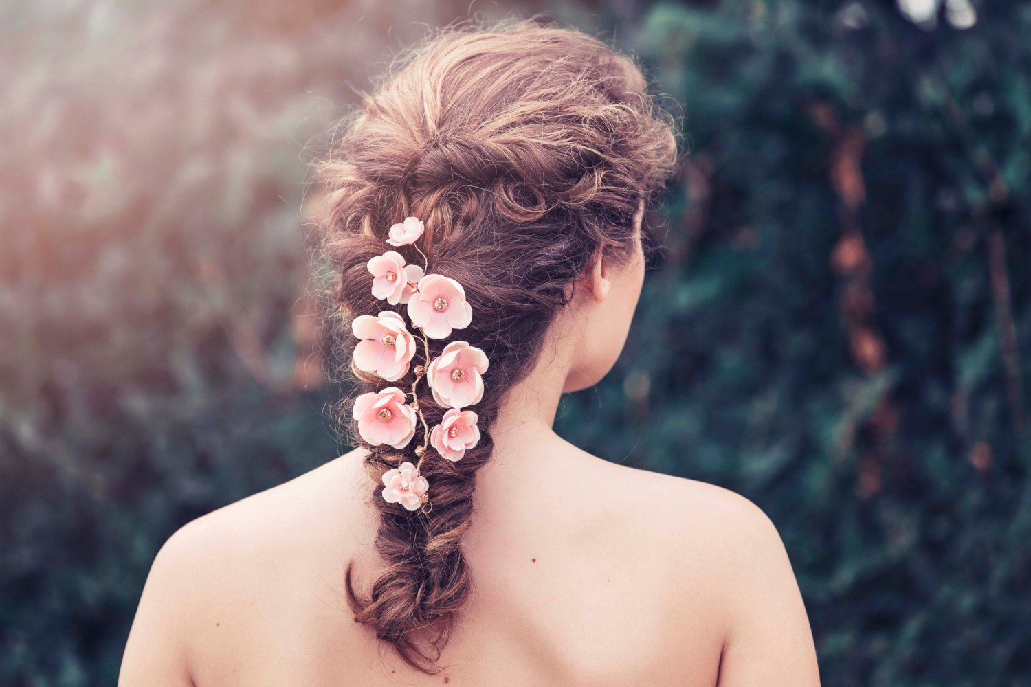 Bridal hair vines for weddings | by Gadegaard Design | photo by Tina Liv | http://emmalinebride.com/bride/bridal-hair-vines-for-weddings/