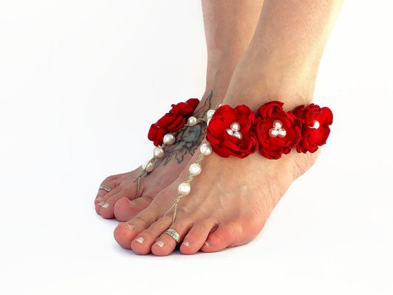 Walking down the aisle barefoot - barefoot sandals by Destination Barefoot | via http://emmalinebride.com/bride/walking-down-the-aisle-barefoot/