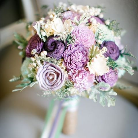 ALTERNATIVE BOUQUETS  Today were sharing nontraditional wedding bouquet optionshellip