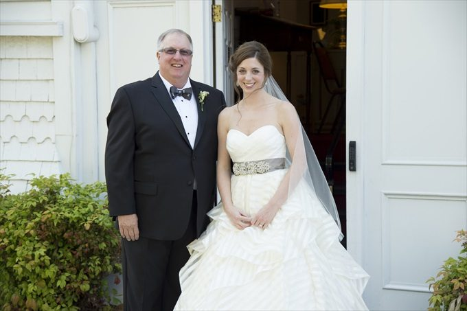 bride and father in this Crystal Coast Wedding | North Carolina wedding photographed by Ellen LeRoy Photography - http://emmalinebride.com/real-weddings/breathtaking-crystal-coast-wedding-mara-will-married/