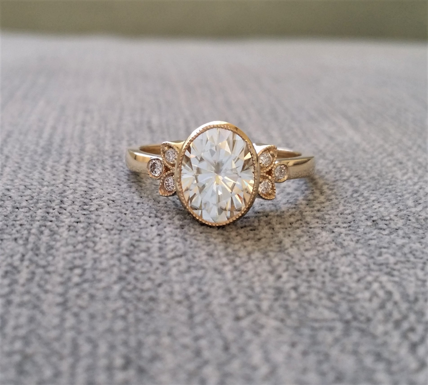 victorian engagement rings under $2000