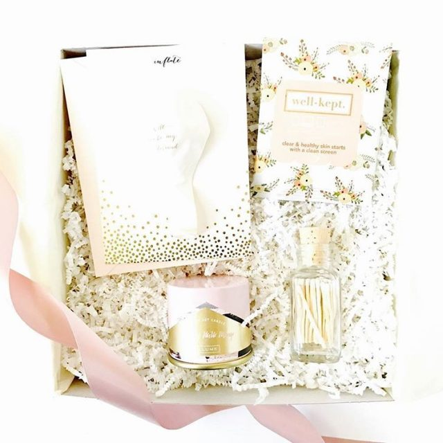 GIVEAWAY! Win this beautifully curated Be My Bridesmaid Gift Boxhellip