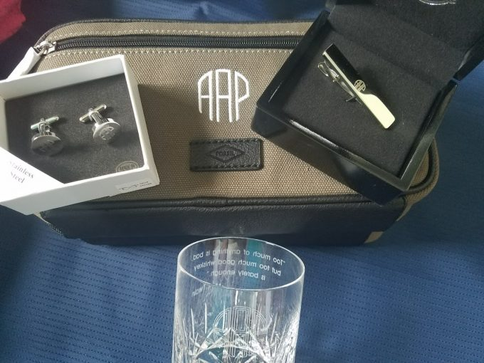 Meaningful Wedding Gift Ideas: Meaningful Bridesmaid Gifts & Groomsmen Gifts For Weddings