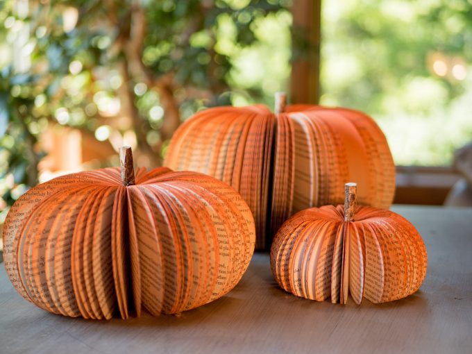 Paper pumpkins like these make beautiful fall wedding