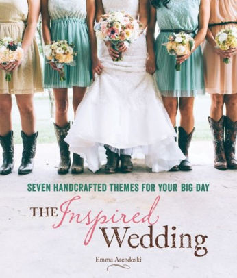the inspired wedding planning book by emma arendoski | http://amzn.to/2AeFm9i