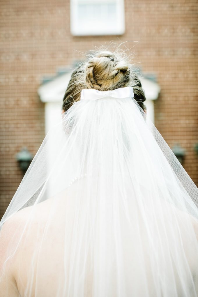 bow wedding veil