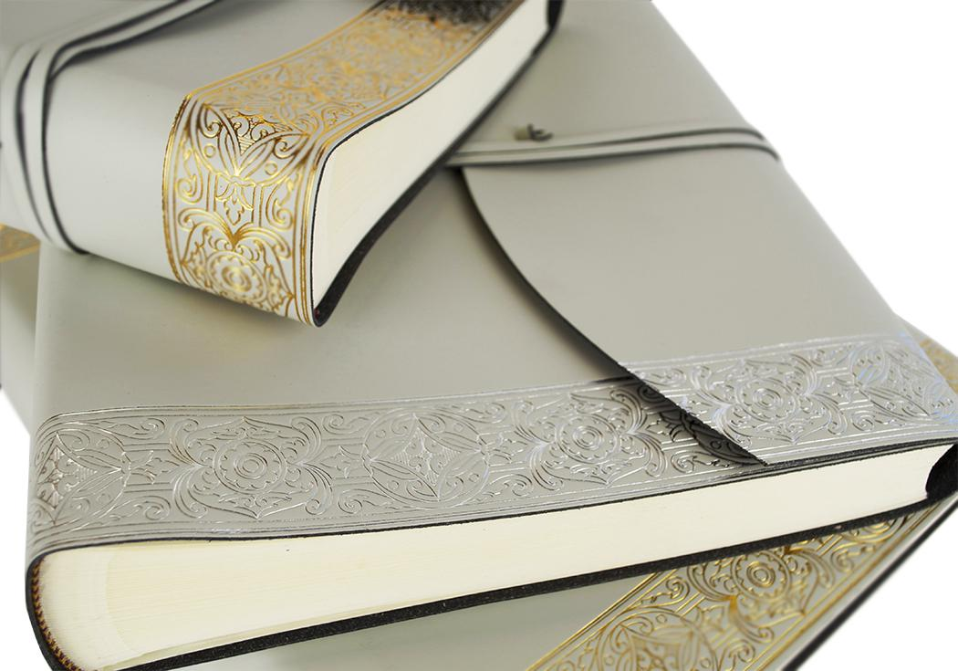 wedding album ideas - leather photo albums and keepsake albums from Central Crafts via http://bit.ly/2G3HwZM