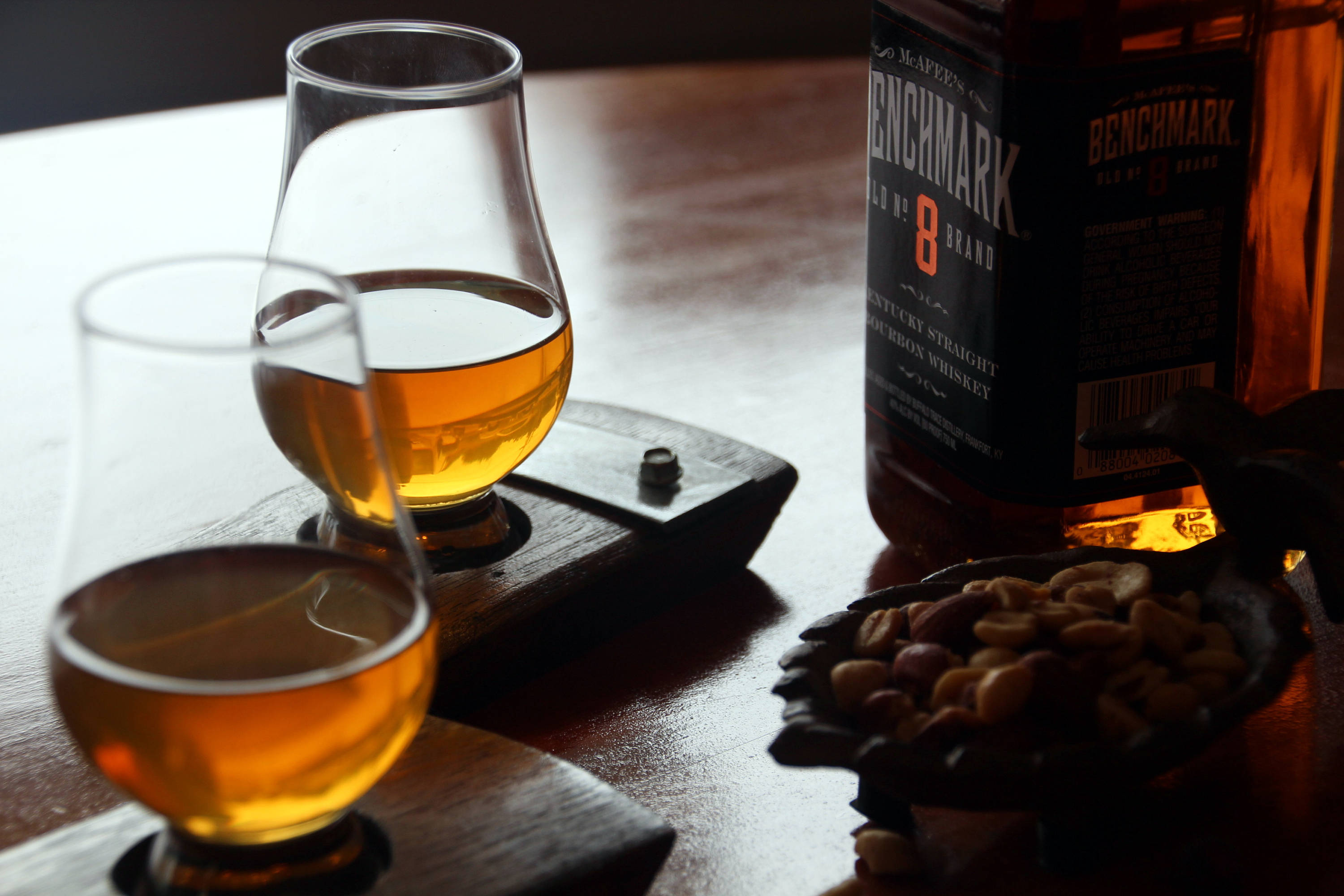 whiskey glass coaster set