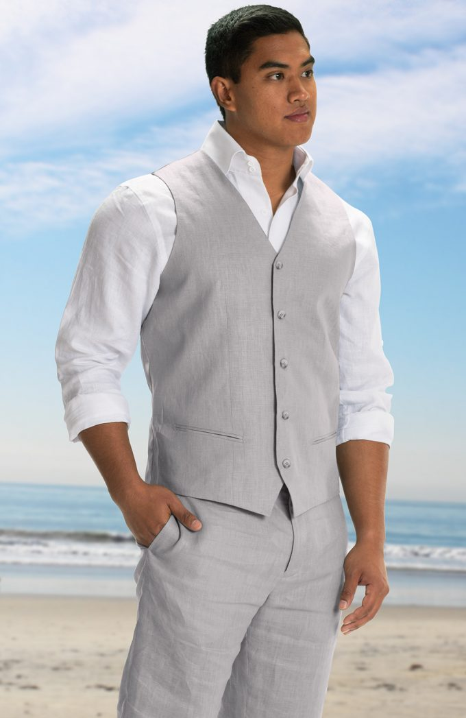 Here S What The Groom Wears For A Beach Wedding Emmaline Bride