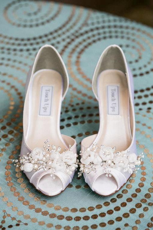 7 Wedding Shoe Mistakes To Avoid Emmaline Bride Wedding Blog