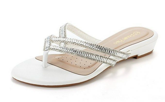 6db7bb9367974a 15 Best Wedding Flip Flops for the Bride