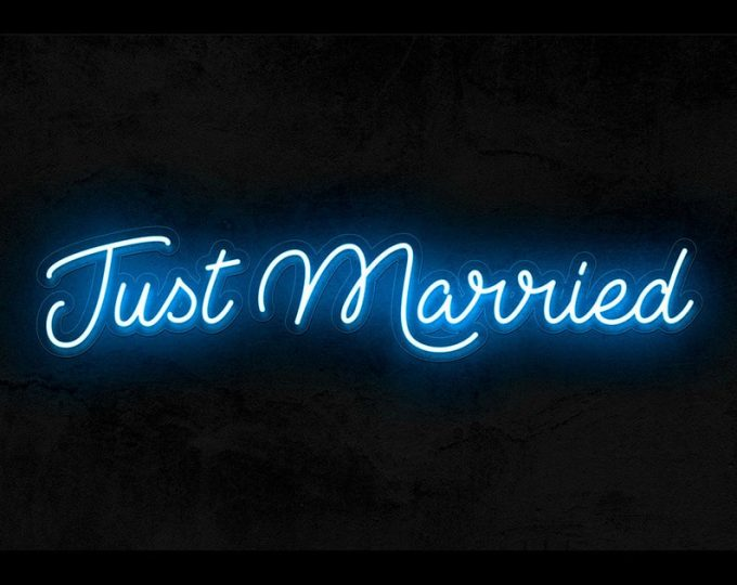 just married neon sign for wedding