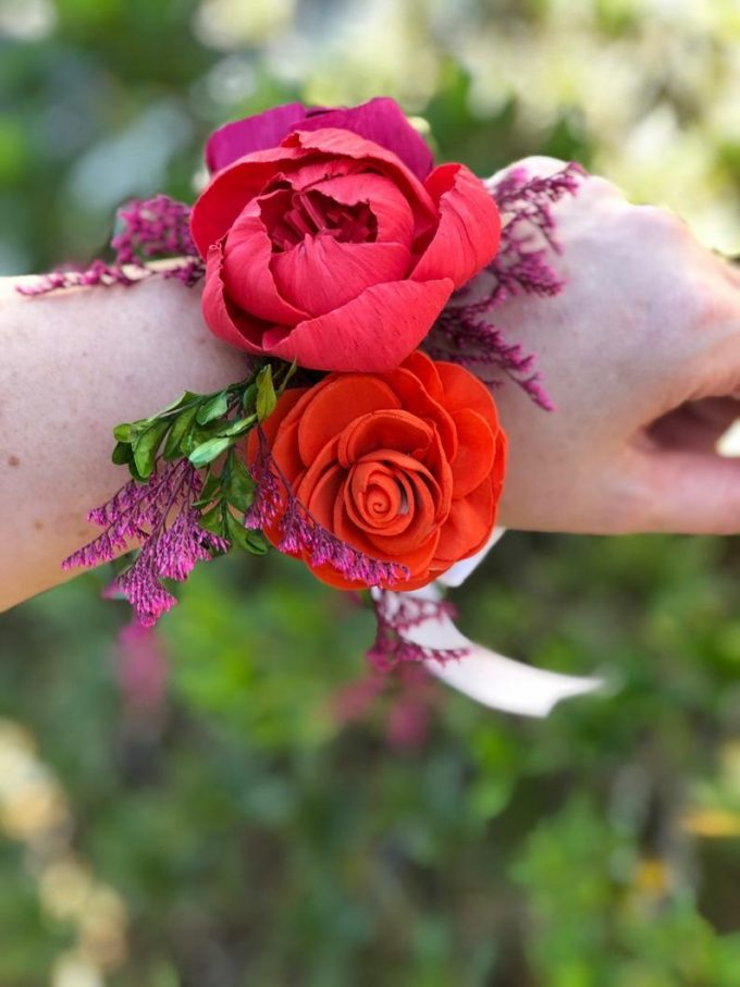 where i can buy a corsage