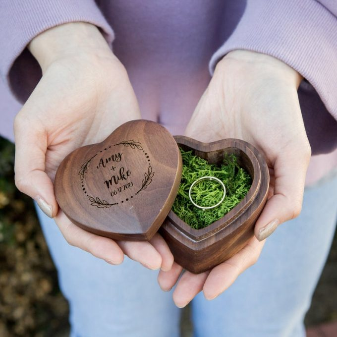 rustic heart shaped ring box