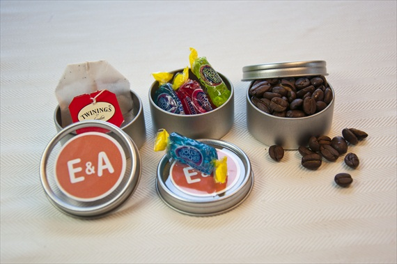 DIY Wedding Favors - Favor Tins by EmmalineBride.com