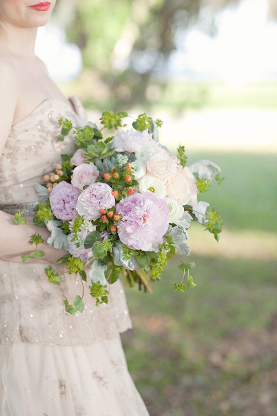 Kali Norton Photography - Mandeville Spring Wedding - bride with bouquet flowers