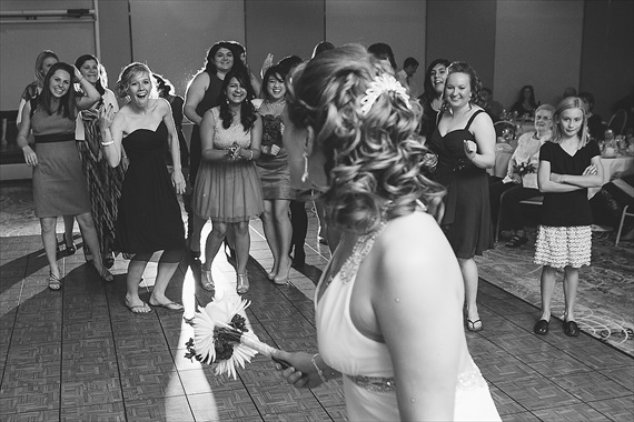 Matthew Steed Wilson Photography - bride's bouquet toss at Coyote Creek Golf Course