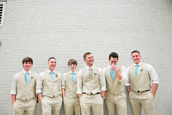 Tate Tullier Photography - Baton Rouge Wedding - groom-with-groomsmen-laughing