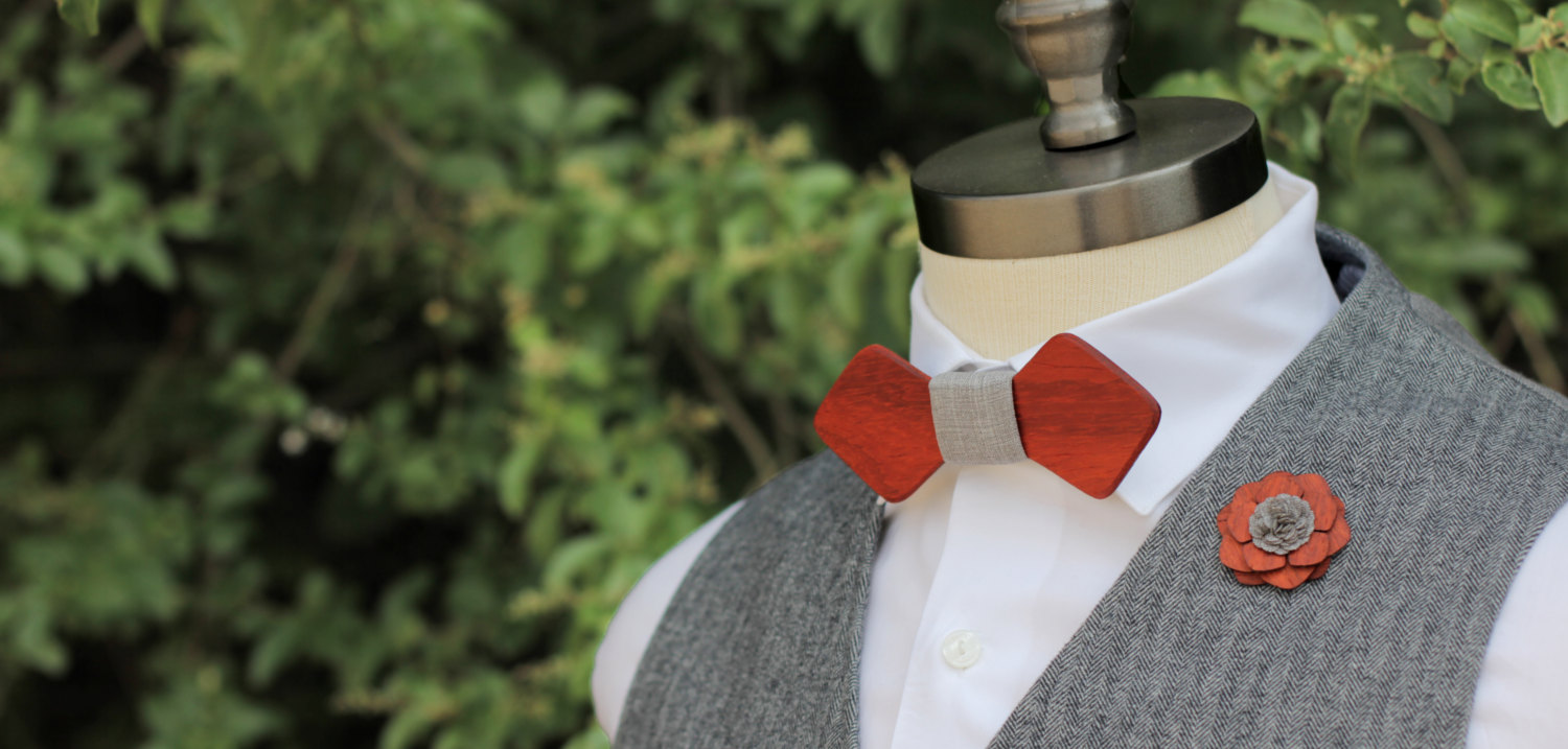 Red_Wooden_Bow_Tie