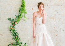 Fit-and-Flare Wedding Dress with Sweetheart Neckline | by Jillian Fellers | http://emmalinebride.com/bride/fit-and-flare-wedding-dress-sweetheart-neckline