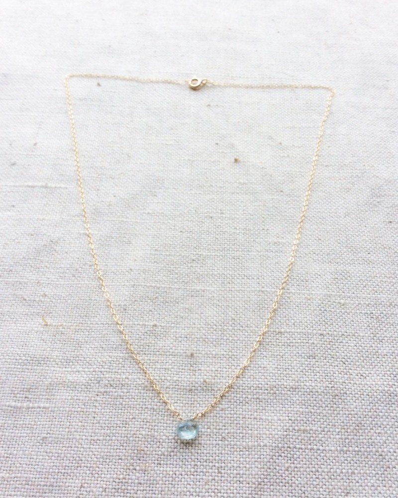 aquamarine and gold necklace | via Best Aquamarine Jewelry Finds on Etsy - http://emmalinebride.com/bride/best-aquamarine-jewelry/