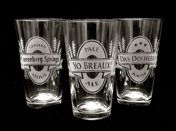 Groomsmen beer glasses - Best Groomsmen Gifts