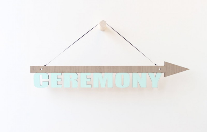 blue ceremony sign | via 10 NEW Something Blue Ideas | http://emmalinebride.com/bride/new-something-blue/