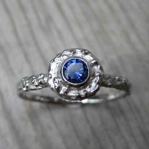 blue sapphire twig engagement ring (via 7 Alternative Engagement Ring Ideas)
