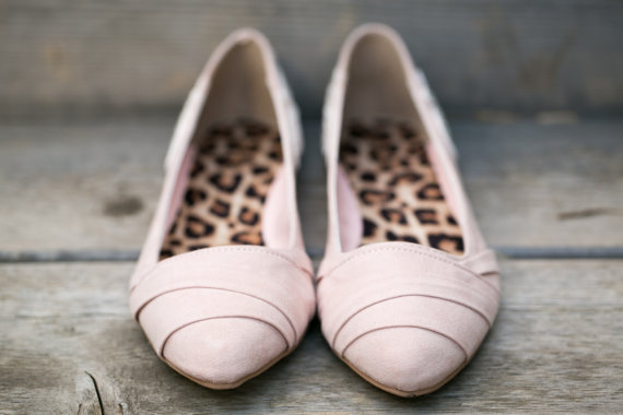 blush flats by Walkin On Air | via 5 Tips to Make Wedding Flats Absolutely Easy to Wear http://emmalinebride.com/bride/tips-flats-wedding/