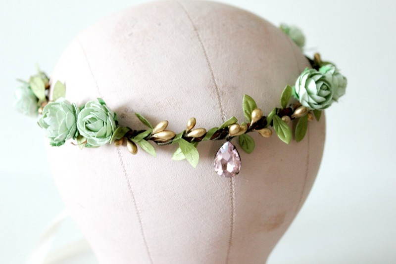 mint - spring wedding crowns | via http://emmalinebride.com/bride/spring-wedding-crowns/