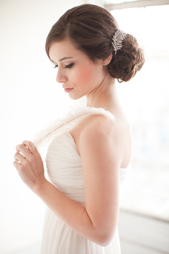 How to Rock a No Veil Wedding Look (via EmmalineBride.com) - hair comb by Melinda Rose Design, photo by Atlas and Elia