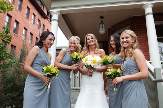 Is a Stress Free Wedding Really Possible? (via EmmalineBride.com) - photo - flourish photography