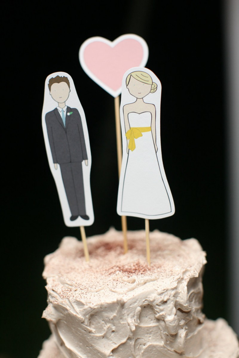 bride and groom cut out cake toppers
