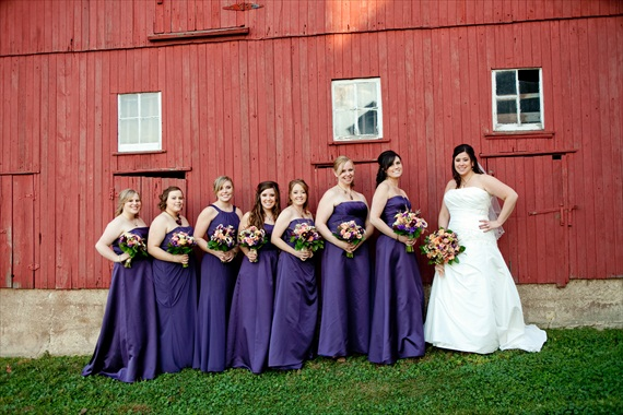 Vintage Fall Wedding - bride and bridesmaids in front of red barn
