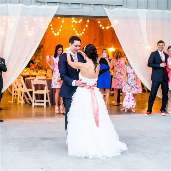 coral wedding dress sash - photo: stephanie yonce photography. sash by all for love by gina