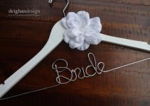 bride-wedding-dress-hanger