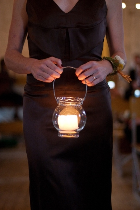 bridesmaids carry lanterns down aisle instead of a bouquet - night wedding ideas