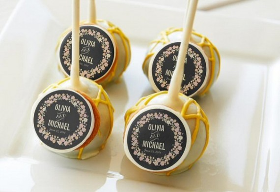 EASY WEDDING DIY IDEAS | via http://emmalinebride.com/decor/easy-wedding-diy-ideas/