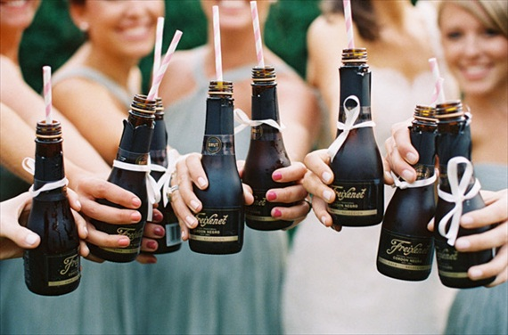 champagne bottles bridesmaids (photo: gabe aceves) via 8 Creative Wedding Drink Glasses