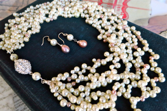 Pearl Necklaces and Earrings for Your Wedding (by Sukran Kirtis)