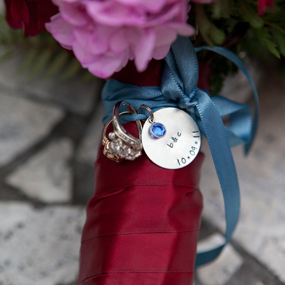 Customize your bouquet with a custom wedding bouquet charm
