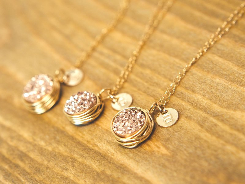 druzy necklaces etsy find - from Davie and Chiyo - via https://emmalinebride.com/bridesmaids/druzy-earrings-etsy/
