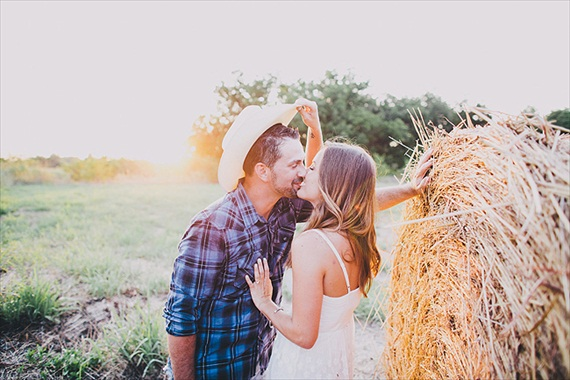 engagement photo rustic