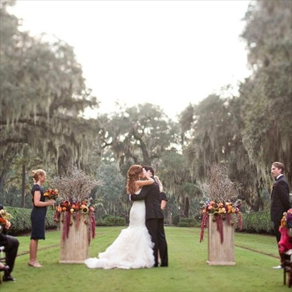 Rustic Fall Ceremony Ideas - hanging amaranthus (photo: jade and matthew take pictures)