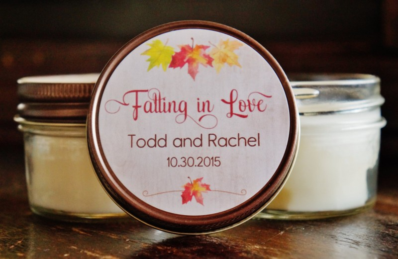 falling in love candle favors | by the dancing wick | http://emmalinebride.com/planning/scented-candles-at-wedding/