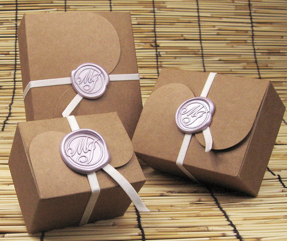 Wax Seal Favor Boxes (by Alfredesign Studio) - How to Use Wax Letter Seals via EmmalineBride.com
